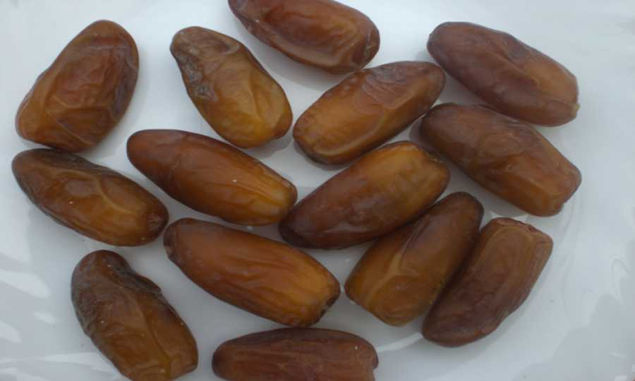 12 Days Eating 3 Dates Every Day What Alterations in Your Body?