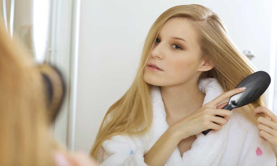 Safety Measures To Be Taken While Brushing Hair